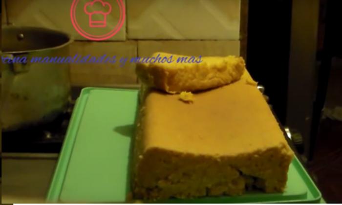 torta con masa de miz dulce