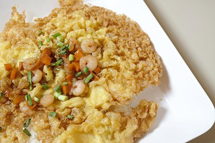 Tortilla Crujiente de Camarones y Verduras