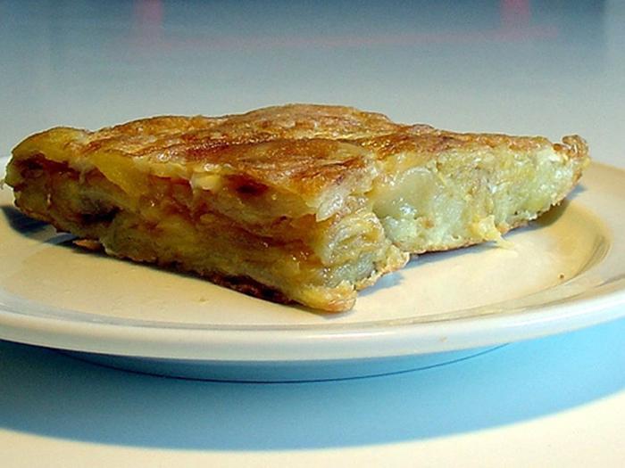Tortilla de Patatas con Queso