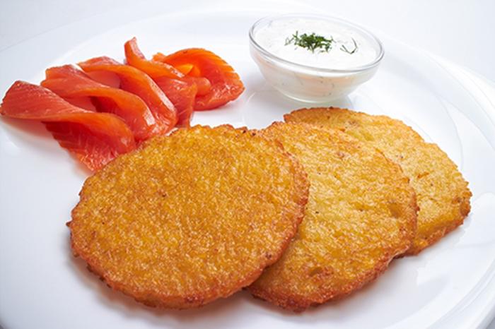 Tortitas de Patata con Salmón